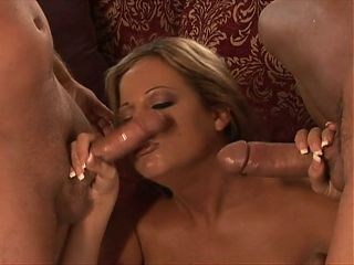 DP babe likes deepthroat while anally pluged