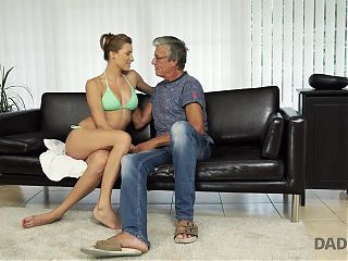 DADDY4K. Boy catches classy GF cheating on him with his hand