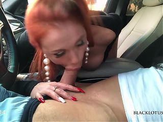 Busty Beauty Blakclotus0508 Sucked in the Car in the Parking